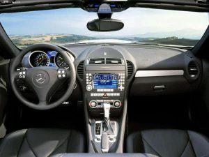 Mercedes Benz SLK200 6 300x225 باتری بنز SLK200