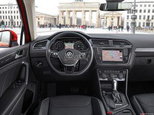 Volkswagen Tiguan 6 300x225 باتری فولکس تیگوان